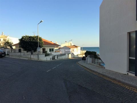Located in Vila do Bispo. Fantastic plot at the entrance of the beautiful village of Salema just 100 meters from the beach considered one of the most beautiful in Europe. Land area with 420m2. Extremely well positioned, this plot has approved project...