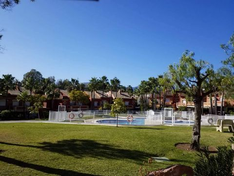 Cozy and beautiful townhouse for short term rental in Lomas de Monte Biarritz, Estepona. It is distributed in a nice open plan kitchen and living room that connects with the large terrace. From the terrace you have access to the common gardens and th...