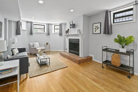 1737 Willard St NW #1, Washington, DC 20009 The Residence: The perfect in-town residence! This fantastic 1BR 1BA unit was fully renovated in 2018, and includes tons of great features. Hardwood floors, fresh paint, and brand new carpet throughout. TON...