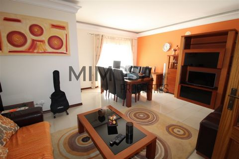 3 bedroom apartment with a parking space, located in a central area in Portimão, close to schools and 5 minutes from the city center and all services. It comprises entrance hall, living/dining room, 3 bedrooms with fitted wardrobes, one with private ...