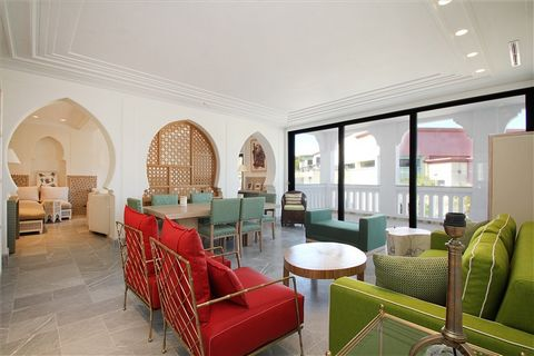 Brand new apartment near the royal golf of Tangier, enjoying a remarkable standing and state of the art equipment ensuring optimal comfort. Located on the 1st floor of a new residential complex with communal pool, secure and human sized. 8 apartments...