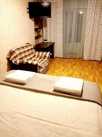 Апартаменты расположены в 10 минутах пешком от станции Метро