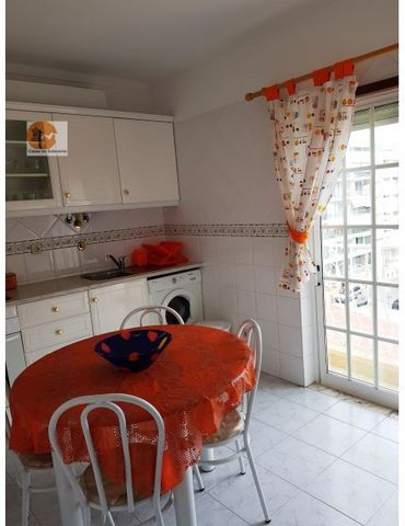 Apartment, situated in Monte Gordo with sea view. This property is on a $ º floor with sea view, consisting of, 1 bedroom, 1 living room, 1 kitchen, 1 WC, with outer space. Mark your visit now, we await you! Energy Rating: D #ref:CS-APT-70798