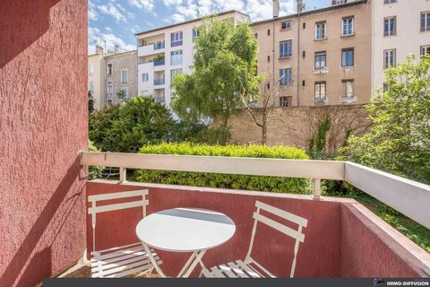 Sheet N°Id-LGB125602: Lyon, sector Part god st anne, 4 Pi?ces part god of about 92 m2 including 4 room (s) including 3 bedroom (s) + Balcony of 2 m2 - Construction 1992 R?cente - Ancillary equipment: balcony - garage - digicode - double glazing - ele...