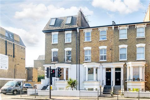 Arranged over the first floor of an impressive Victorian terraced building, this bright apartment is presented in good condition throughout and offers balanced accommodation that includes a reception room benefiting from high ceilings and a modern op...
