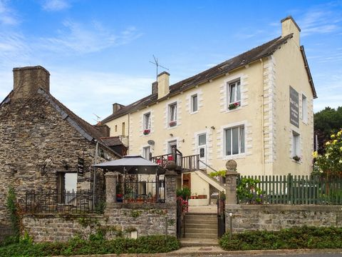 Ref. JD-3221 This stunning property is for sale, it is currently been run as a successful business for the last 5 years, as a bed and breakfast. The property would also make a great family home too! The location of the property is situated in the pre...