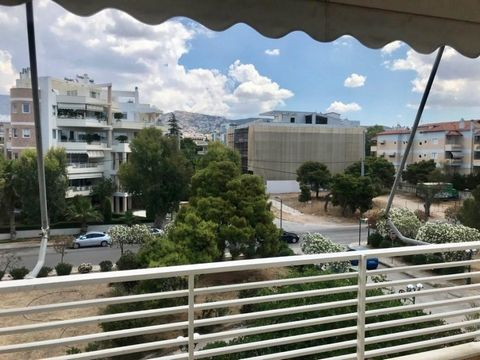 Voula, center, Apartment For Sale, 90 sq.m., Apartment 90sq.m., 3rd floor, 2 bedrooms, 1 bathroom, central heating petrol, double glazed windows, elevator, balconies, sea view, 1980, walking distance to the sea and to the market Asking price: €360.00...