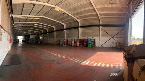Industrial Warehouse for rent in Azuqueca De Henares, with 1 and040 m2.