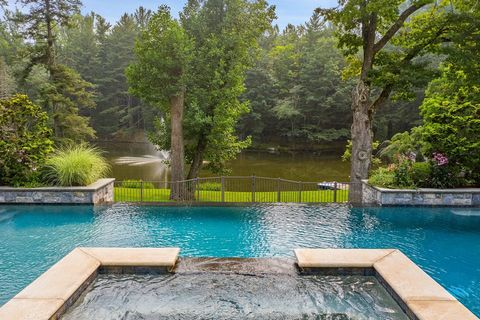 Luxury in this grand, custom built European-inspired estate on 7.87 secluded acres with an infinity pool and spa, fabulous outdoor terrace with kitchen, pizza oven, fireplace, cabana and pond. Boasting luxurious amenities, beautiful finishes, smart h...