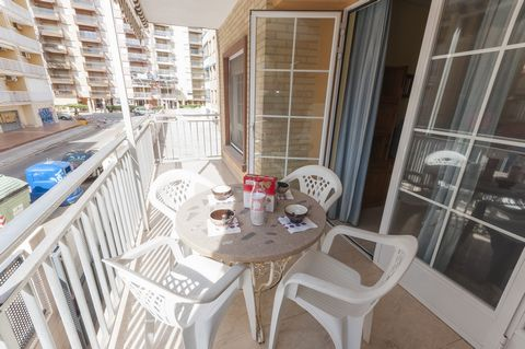 This is a cozy apartment for 6 to 8 people in Playa de Gandia near the beach. Thanks to the good location, you can walk to supermarkets, the beach, bars and everything else you may need for a self catering holiday. The apartment has a small terrace w...