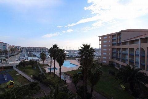 Port Argelès, au 3ème étage d'une résidence de tourisme avec piscine, appartement de type 2 de 31 m2; comprenant un séjour avec kitchenette, une chamb