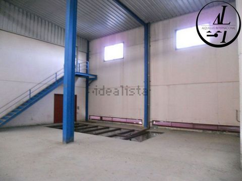 Industrial Warehouse for sale in Olias Del Rey, with 129 and168 ft2.
