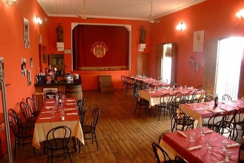 Set at the heart of the friendly multi-national community of Alcalali, in the tranquil Jalon Valley, Bar Restaurant La Torre is popular with locals and tourists alike. The Bar area can seat 30 covers and the dedicated dining area can also seat up to ...