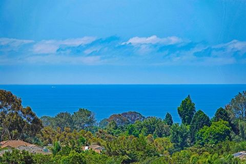 Located on the highest ocean facing ridge in Encinitas across from the city maintained trail,This nearly 5500 sq. ft.² estate sits high atop Lynwood Drive on the west side with commending 180° PANORAMIC OCEAN VIEWS all the way to Dana Point FROM BOTH...