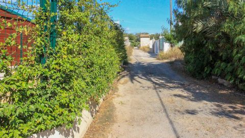 Urban plot of 1.487m2 in a very good area just 500m from the sea.