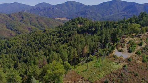 Located in Lakehead. 6.41 acres of private, wooded land near Lake Shasta! Just minutes off I-5 and 20 miles from Redding, this property gives you privacy and seclusion without sacrificing access to necessities. Enjoy gorgeous, sweeping, mountain and ...