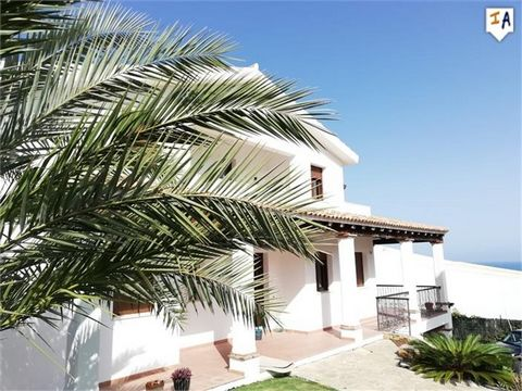 This wonderful villa is situated in an elevated position on one of the most exclusive areas of the western Costa del Sol, in La Alcaidesa, a residential neighbourhood with a golf course located between Sotogrande and Gibraltar and boasts spectacular ...