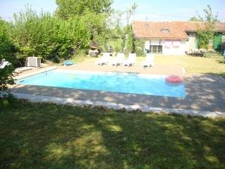 Superb 4 bed Semi Detached House for sale in La Jaudoniere Chatain Vienne France Euro Resales Property ID: 9826528 Property Location La Jaudoniere, Chatain, 86250 France Commune de Chatain Vienne 86250 France Property Details Here we present this exc...