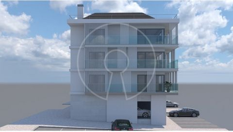 This modern apartment consists of: - 2 en-suite bedrooms, one of them with access to a balcony. - 2 Bedrooms - A full bathroom - Living room (36,95 sqm) with access to another balcony - Kitchen Parking + garage for three vehicles. This development, l...