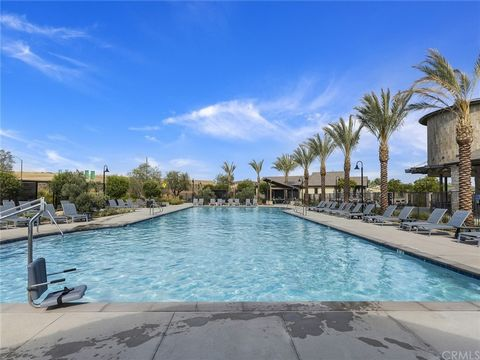 SOMMERS BEND ~ VIEW HOME!!! 3 BEDROOMS PLUS LOFT WITH 2.5 BATHS + 3 CAR TANDEM GARAGE. SPACIOUS MASTER SUITE WITH VIEWS TO WINE COUNTRY. YOUR NEW HOME HAS MORE THAN $100K IN UPGRADES, GE PROFILE 5 BURNER COOKTOP, STAINLESS STEEL APPLIANCES, CUSTOM BA...